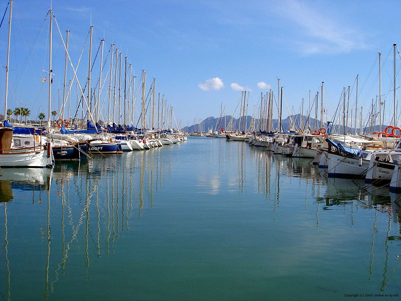 Port of Pollensa, Mallorca. Credit: Ryan Lothian