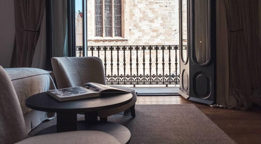 Muebles veta palma de mallorca amazing mesa alta auxiliar for Muebles de oficina palma de mallorca